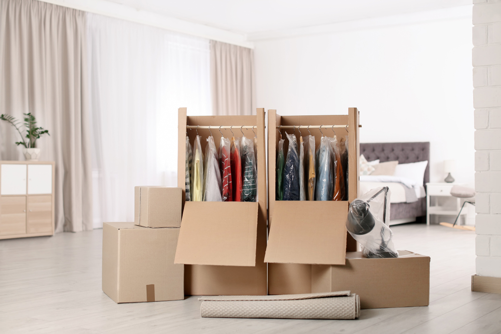 how to store hanging clothes in storage unit